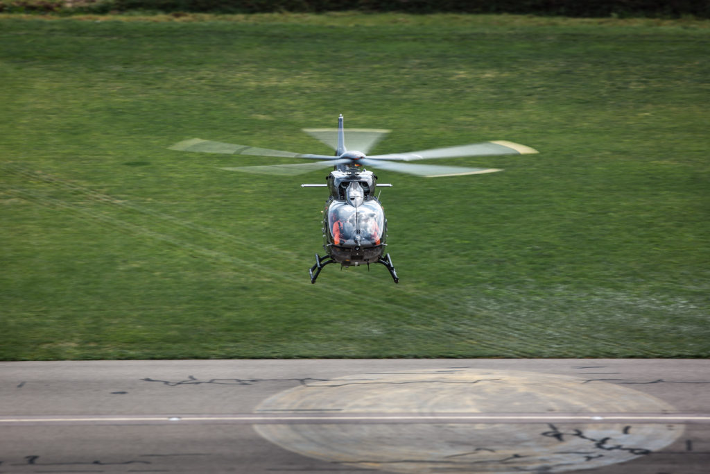 Primer vuelo del Airbus H145 five-bladed. First flight Airbus Helicopters H145 Five-Bladed ©Patrick Heinz/Airbus