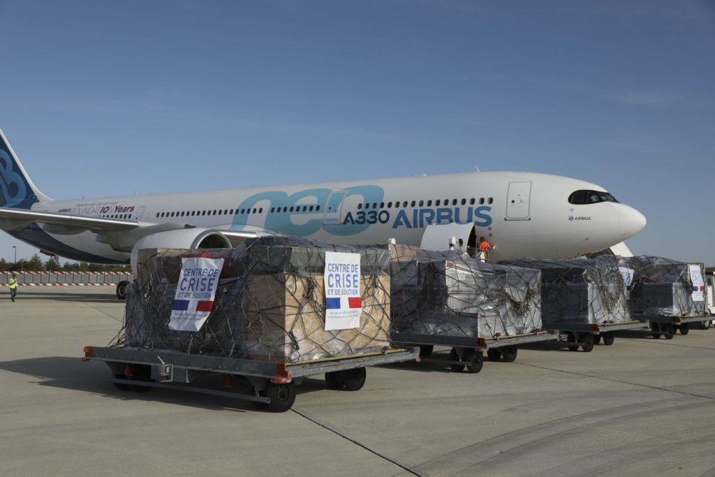 El A330neo de la Airbus Foundation con el material de ayuda donado a Bolivia.