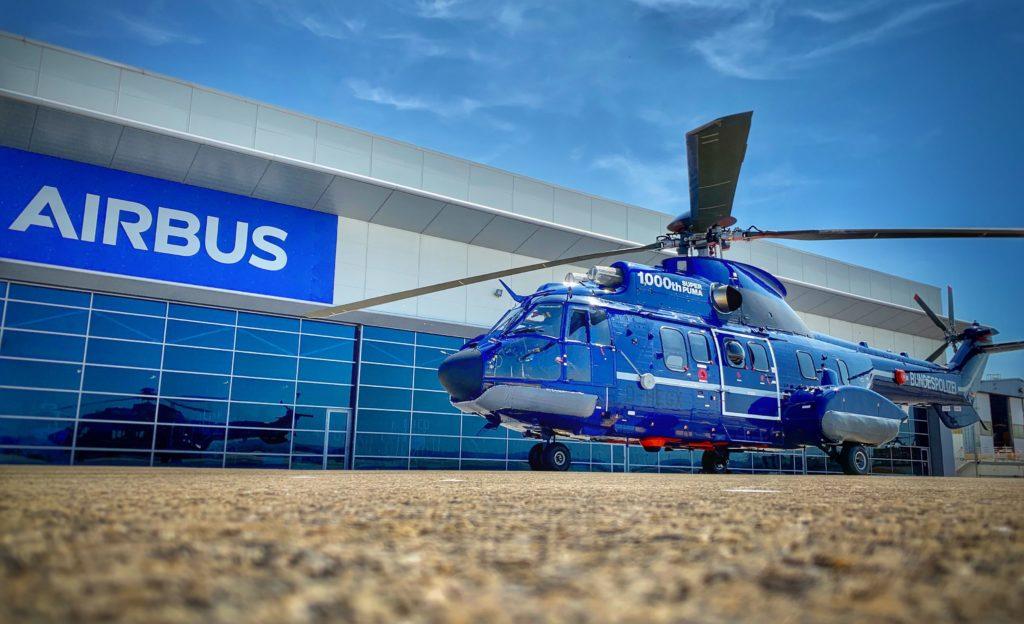 El último H215 de la Bundespolizei, el Super Puma número 1.000, en la planta de Airbus Helicopters en Marignane antes de ser entregado. ©Airbus Helicopters