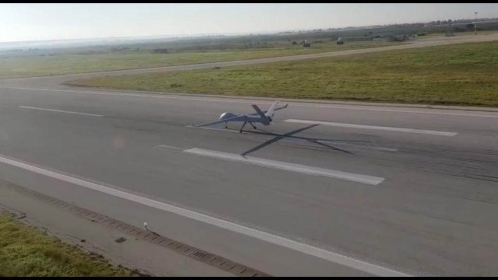 El Falco Xplorer S / N0001 tomando tras su primer vuelo.