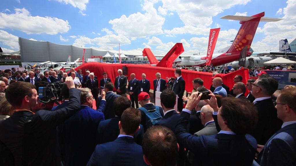 Presentación del Leonardo Falco Xplorer en el Salón Aeronáutico 2019.