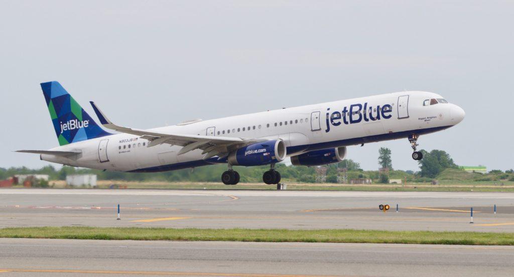 Pratt & Whitney y JetBlue firman un acuerdo EngineWise para 230 motores V2500. A320ceo. A320neo.