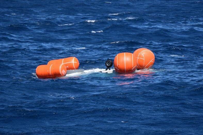 Il salvataggio dell'elicottero NH90 è un lavoro difficile. Koninklijke Marine NH90.