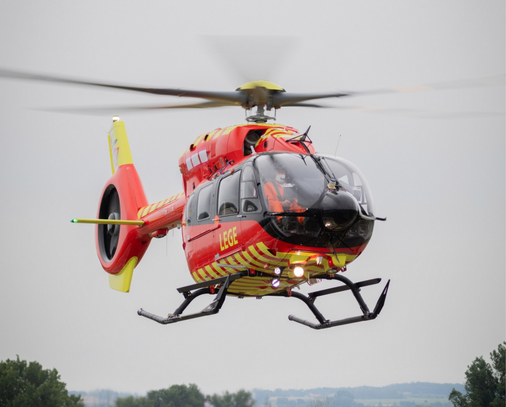 Norwegian Air Ambulance Foundation recibe el primer helicóptero Airbus H145 five-bladed
