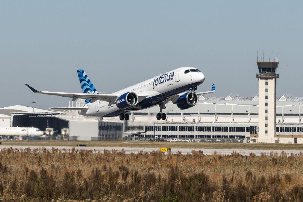 JetBlue recibe el primer Airbus A220 con motores Pratt & Whitney GTF