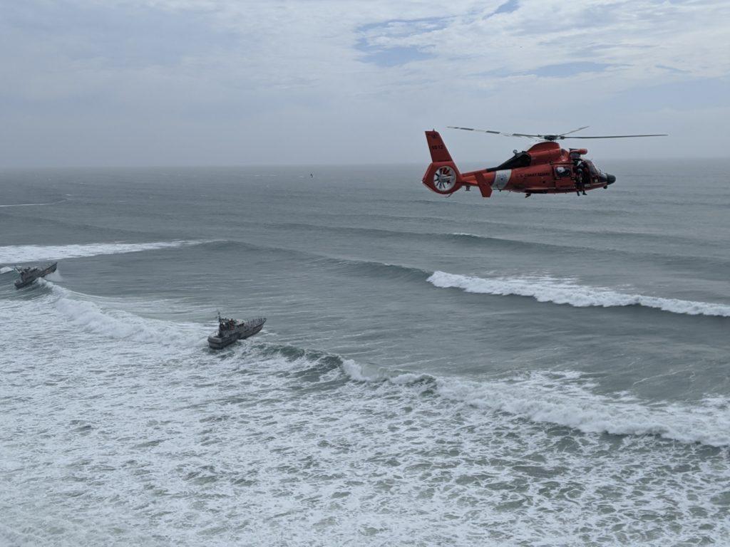 Coast Guard medevac man from fishing vessel near Newport, Oregon